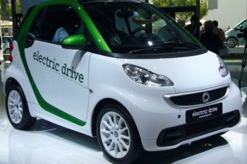Smart Electric: la sfida di Mercedes con la sua nuova Smart elettrica