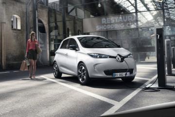 È in arrivo il futuro dell'auto elettrica: Renault Zoe 2017, 400 km di autonomia. Ecco i reali.