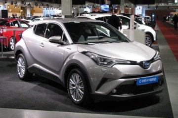 Toyota C-HR 2017, il suv che non passa inosservato